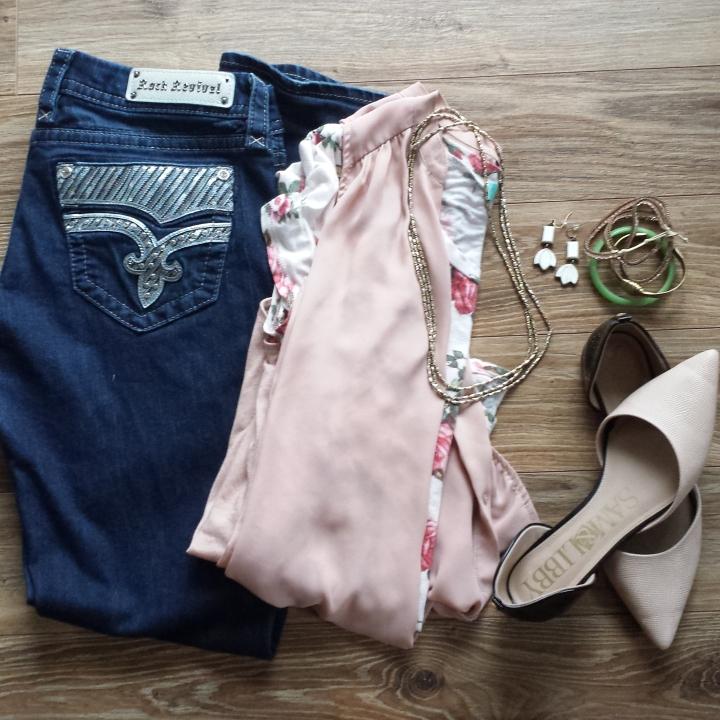 Adventurous Shelby| Wear It Wednesday