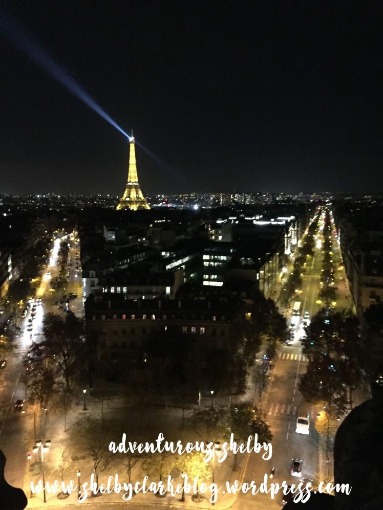 Eiffel tower_night